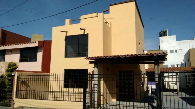 Casas nuevas en lomas de angelopolis cav34233 for Casas en renta en puebla