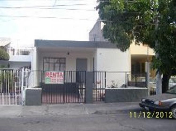 Casa en renta por centro m dico chimborazo 621 for Alquiler casa en umbrete sevilla