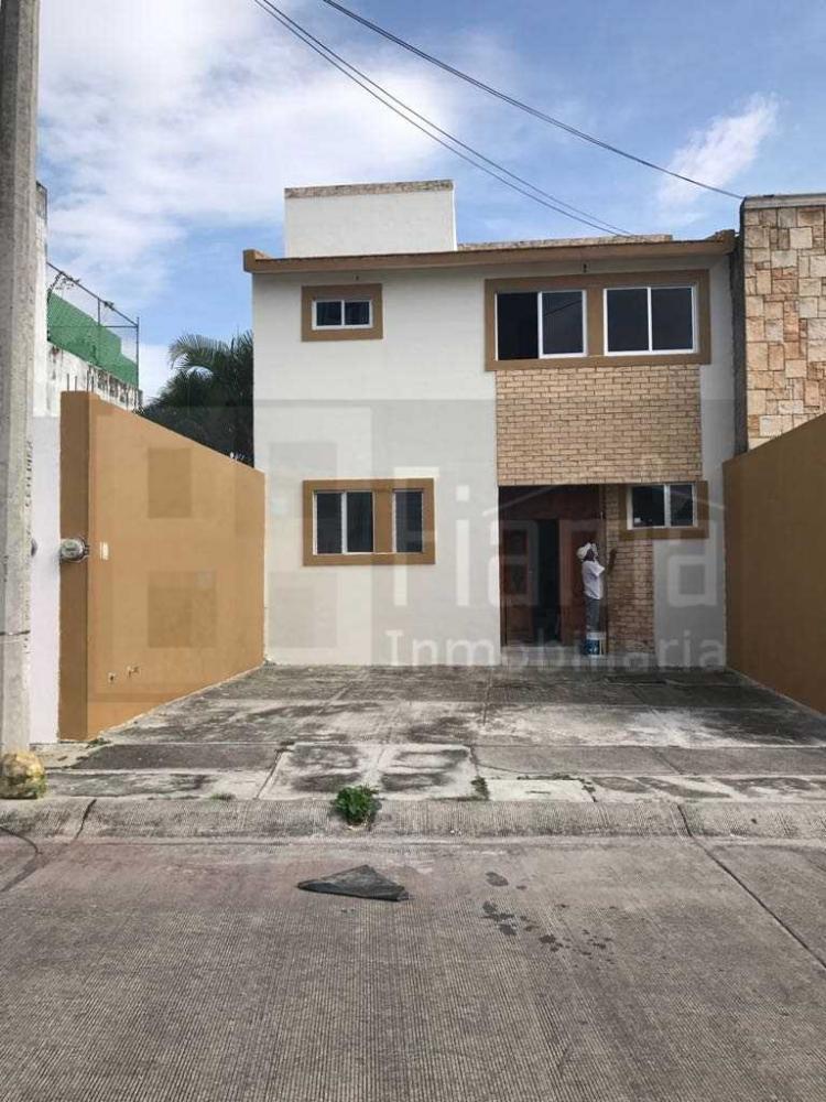 casa en renta puerta del sol car220006
