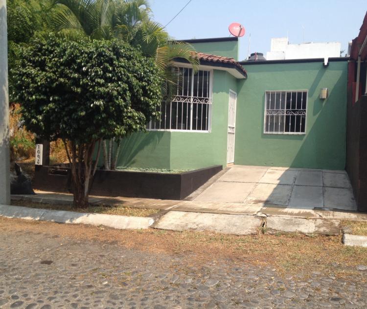 Casa en venta colima cav130640 for Casas en renta en colima