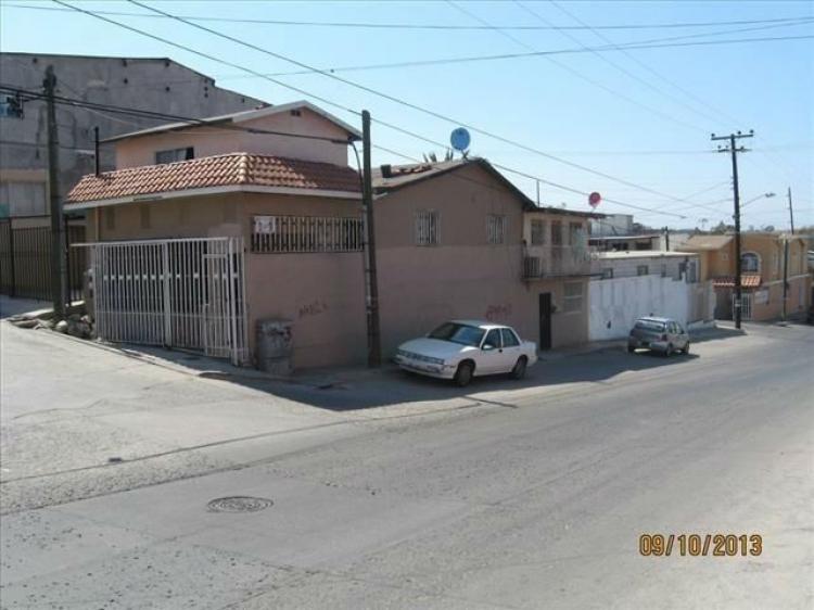 Casa en venta en el fraccionamiento rub tijuana bc for Casas en renta tijuana
