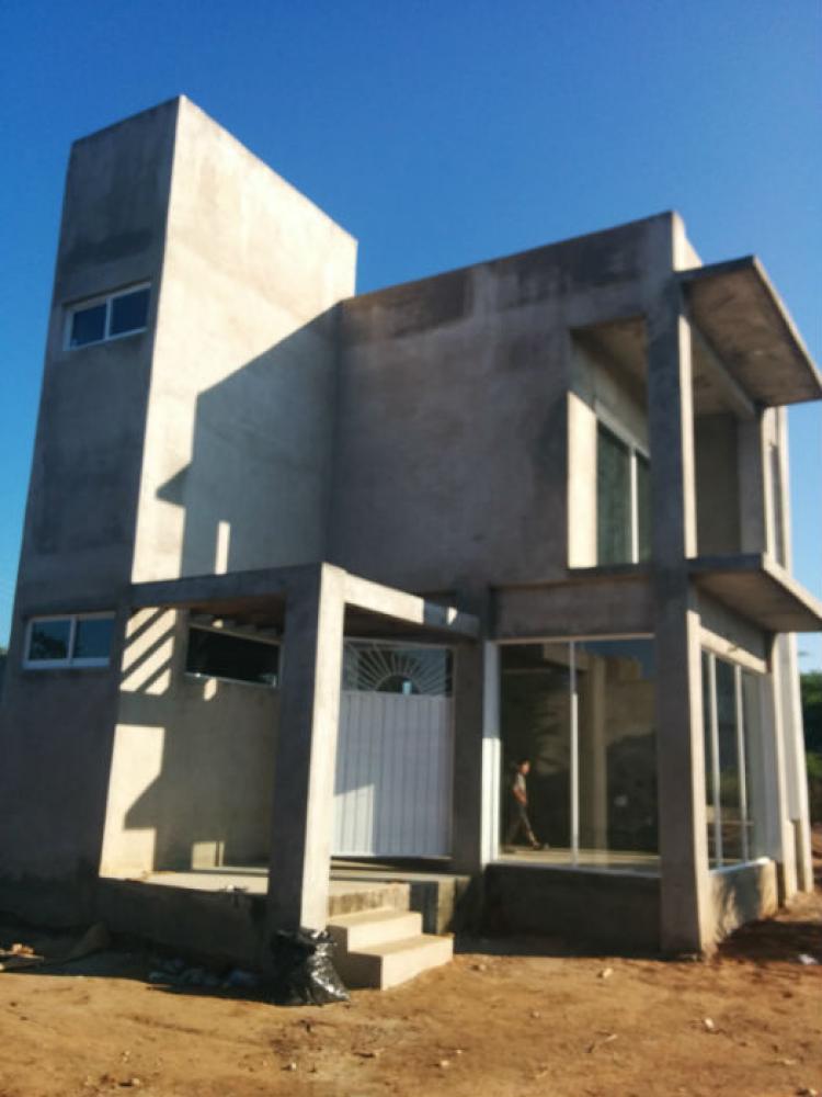 Casa en venta en puerto escondido 400metros lote 3 pisos 2 for Pisos de terrazas