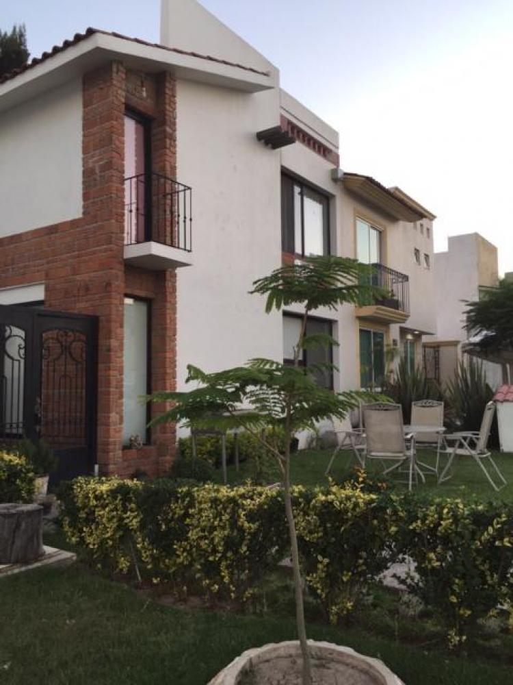 Casa en venta irapuato gto cav125318 for Casas en renta en irapuato