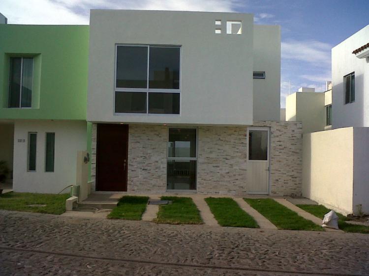 Casa en venta minimalista de lujo cav123694 for Venta casa minimalista df