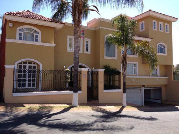 Casa en venta tepatitlan cav84322 for Casas en renta jalisco