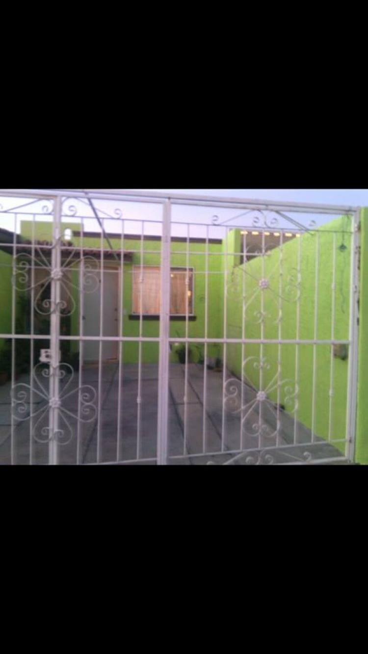 Casa en venta villas terranova de 1 planta por av prol 8 for Villas terranova tlajomulco