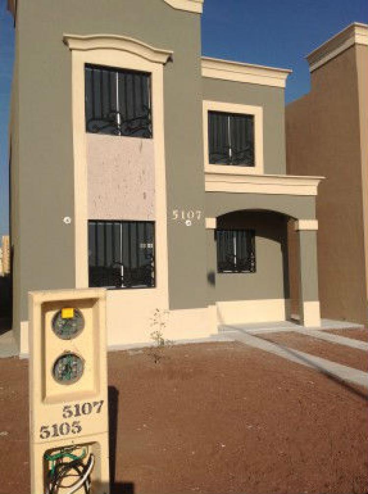 Casa nueva 2 900 mensual a 3 minutos del centro en ciudad for Casas en renta cd obregon