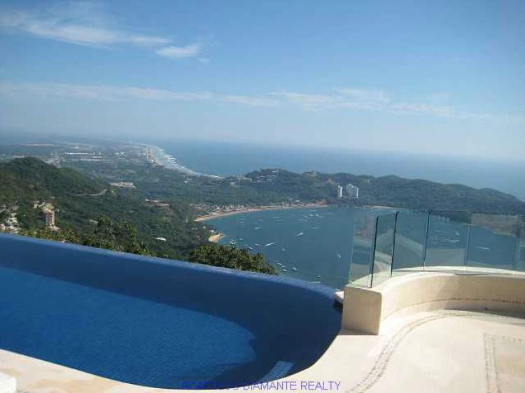 Rento villa la cima acapulco car76396 for Villa casa mansion la cima acapulco