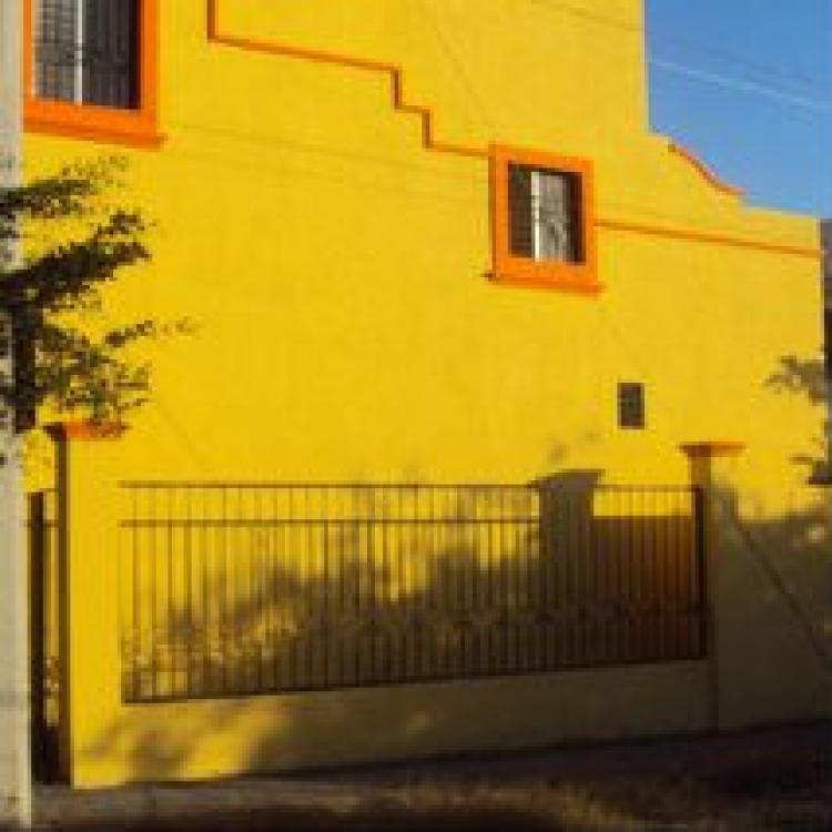 Excelente casa en venta o renta villa de alvarez colima for Casas en renta en colima