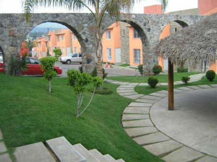 Casa en renta en cuernavaca lomas de ahuatlan condominio for Renta casa minimalista cuernavaca