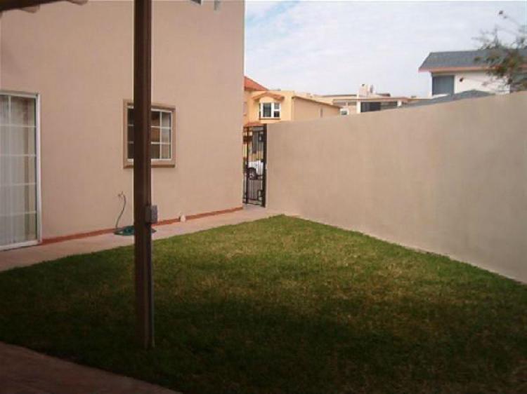 Fotos de renta loma dorada ensenada 12 500 pesos for Casas en renta ensenada