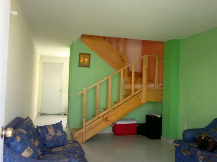 Se renta o traspasa casa en urbi villas del rey huehuetoca for Planos de casas urbi villa del rey
