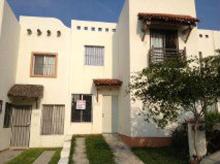 Rento hermosa casa en residencial villa del mar car63565 for Casas en renta en manzanillo