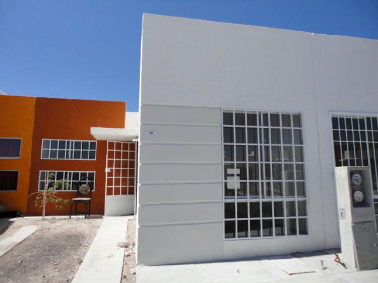 Se renta casa nueva en queretaro car48505 for Casas en renta en queretaro