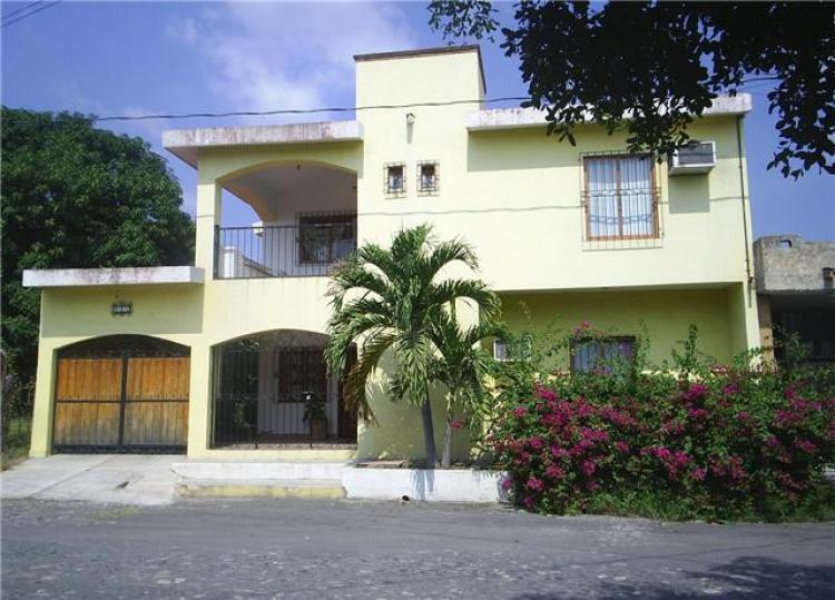 Se renta casa residencial estilo mexicano car24529 for Casas en renta en colima