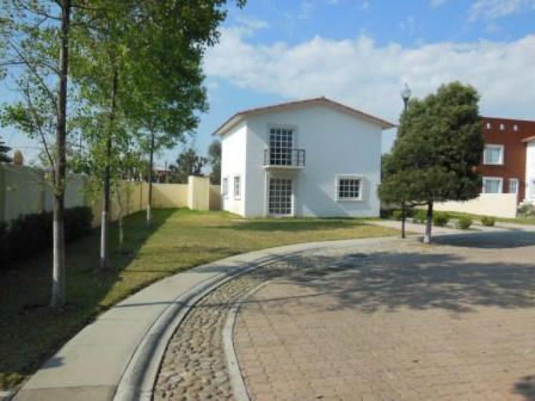 Casa nueva en villas del campo a 15 minutos del centro de for Villas del campo