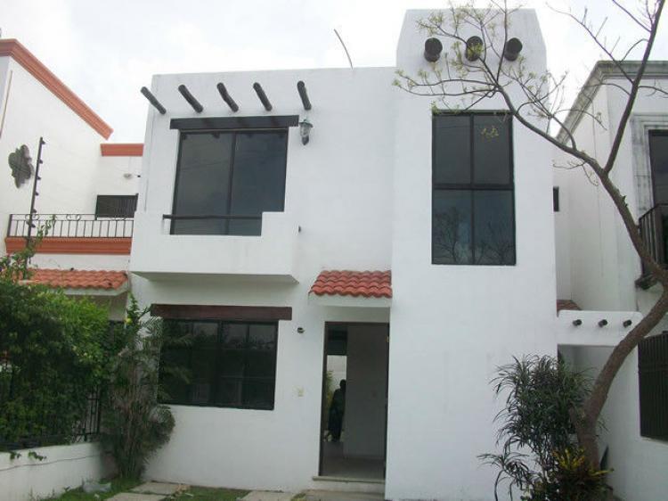 Casa cancun san geronimo ii residencial cav66190 for Casas en renta en cancun