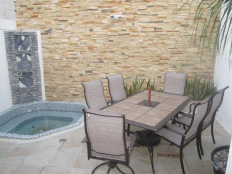 Casa hermosa con jacuzzi y amplia terraza en stellaris - Jacuzzi de terraza ...