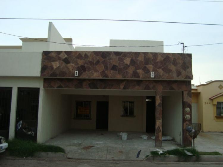 Casa nueva ampliada de 4 rec en casablanca cav60134 for Casas en renta cd obregon