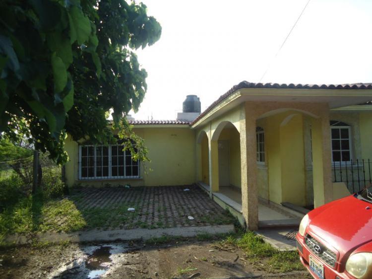 Hermosa casa en comala cav80268 for Casas en renta en colima