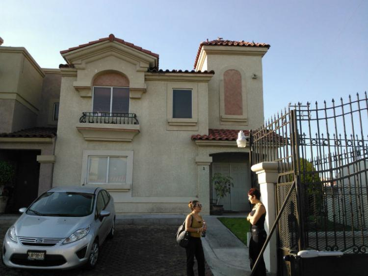 Casa quinta urbi cuautitl n cav73301 for Casas en renta cuautitlan izcalli