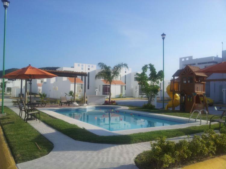 Las villas residencial casas con alberca cav66609 for Villas residencial cuautla