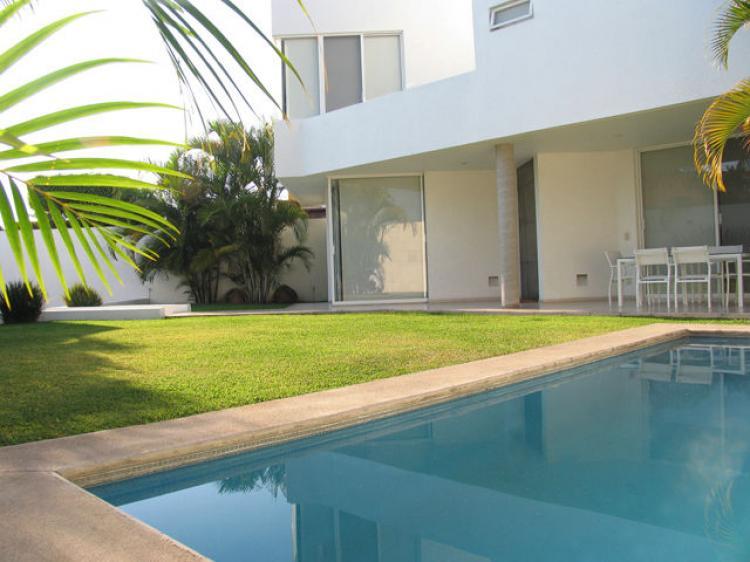 elegante casa minimalista vigilancia las 24 horas cav68454