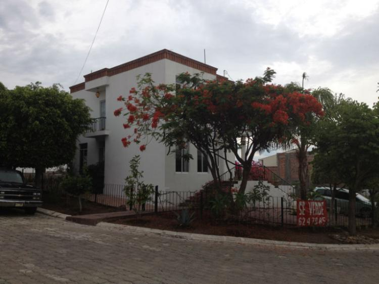 Casa en venta villas de irapuato cav61603 for Villas irapuato