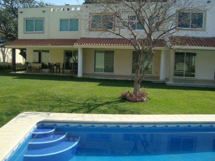 Preciosas casas en kloster c alberca pedregal de las - Fuentes para casa ...