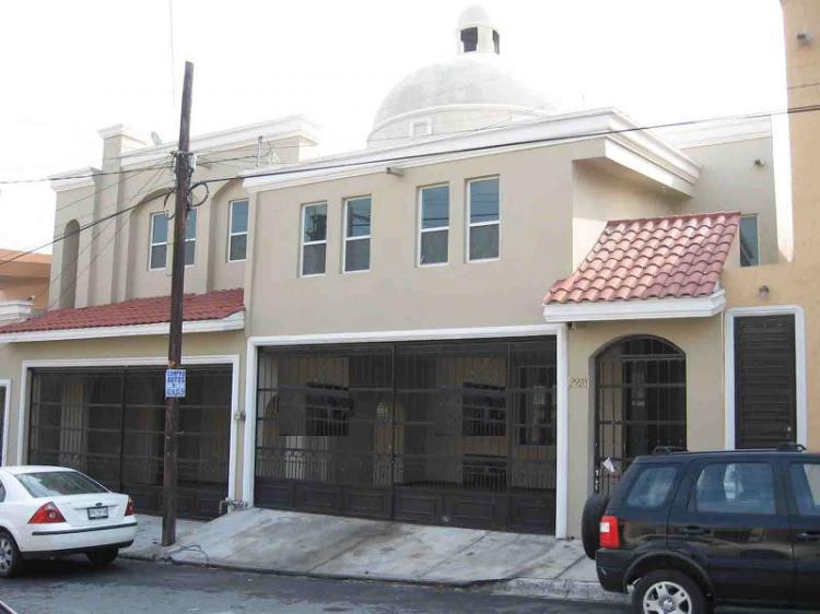 Balcones de altavista preciosa casa nueva en venta cav79566 for Casas en monterrey