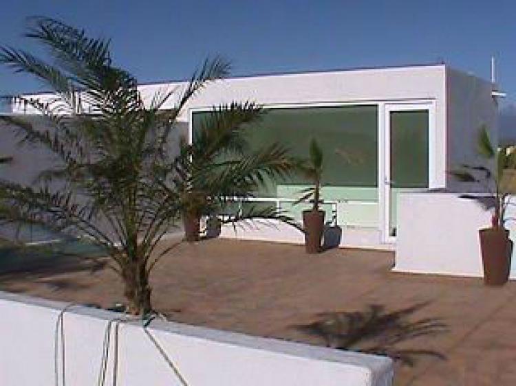Fotos de venta de casa minimalista puebla for Venta casa minimalista df