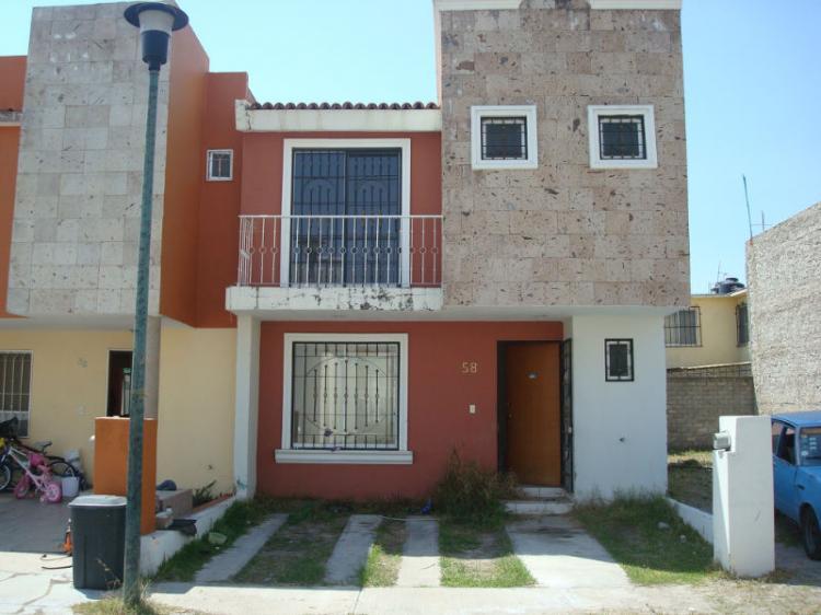 Remate bancario casa fracc san jose del valle cav53232 for Casas en remate monterrey