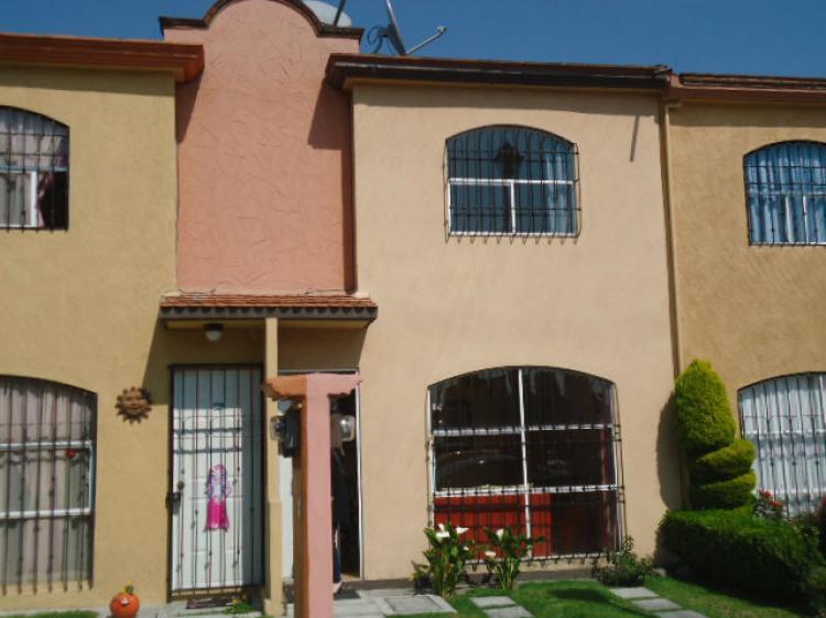 Bonita casa en venta en paseos del valle toluca por la - Casas montornes del valles ...