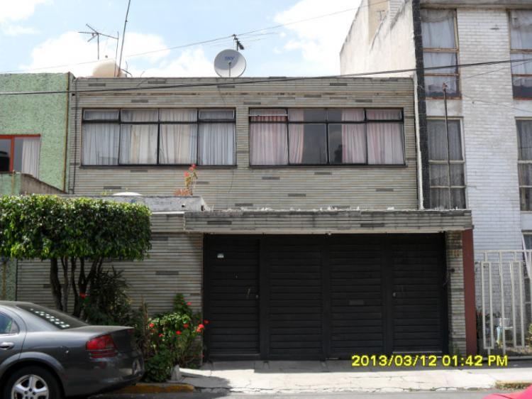 Casa sola en jard n balbuena cav71560 for Casa jardin balbuena
