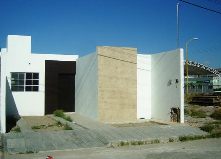 Casa moderna cav47778 for Renta de casas en durango