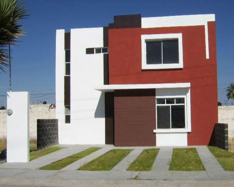 Casa nueva en durango fracc privado brisas diamante cav52261 for Renta de casas en durango