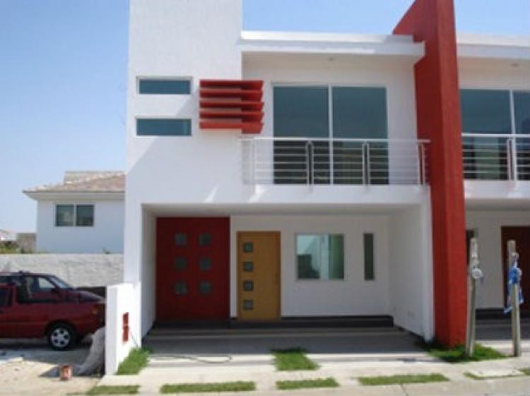 Venta de casas y terrenos en valdepe as cav58555 for Casas en venta en jardin real zapopan jal