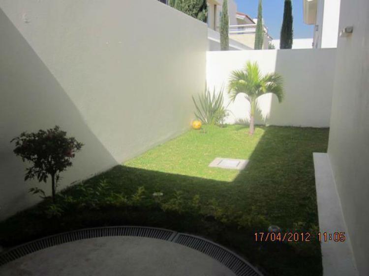 Casa en jard n real zapopan cav67213 for Casas en venta en jardin real zapopan jal
