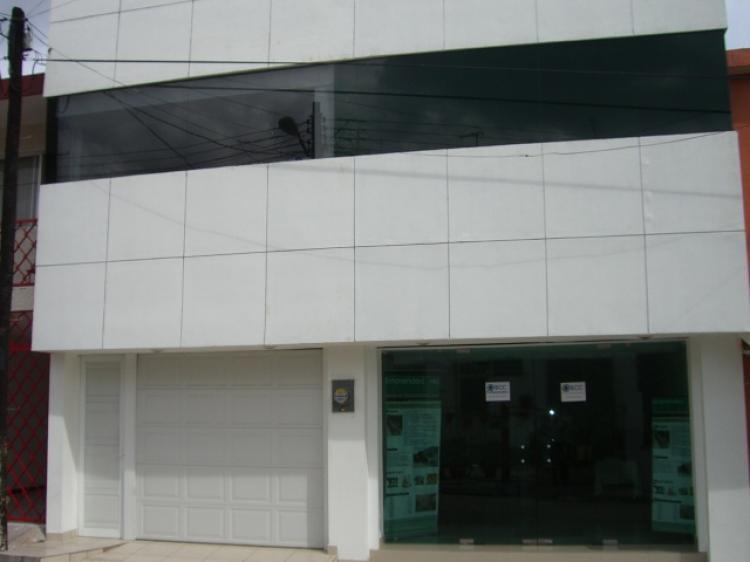 Renta de edificio con 6 oficinas ejecutivas climatizadas for Oficinas telefonica