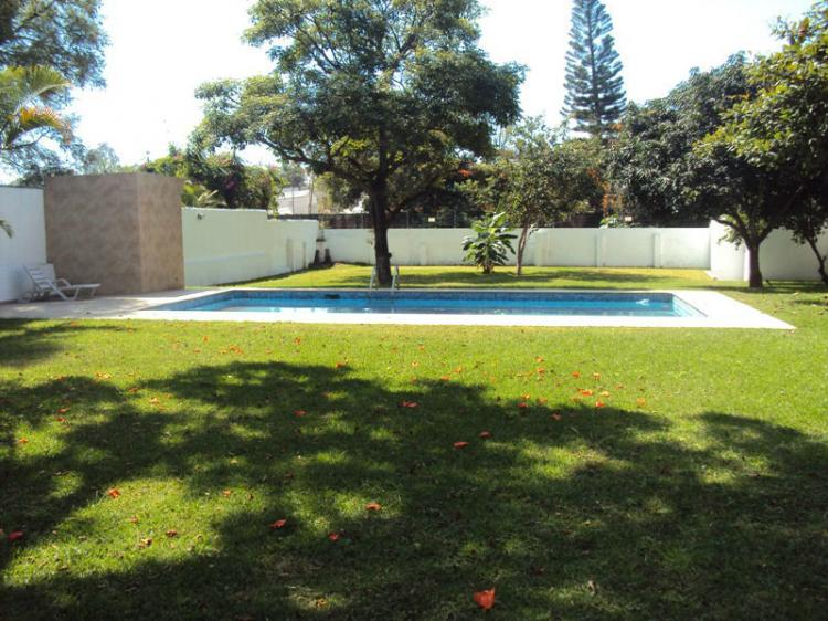Delicias linda residencia un solo nivel amplio jard n y for Albercas para jardin