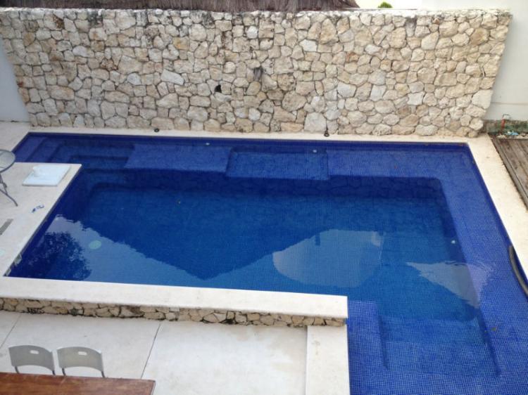 Precioso departamento minimalista en renta cancun der73183 for Renta casa minimalista cancun