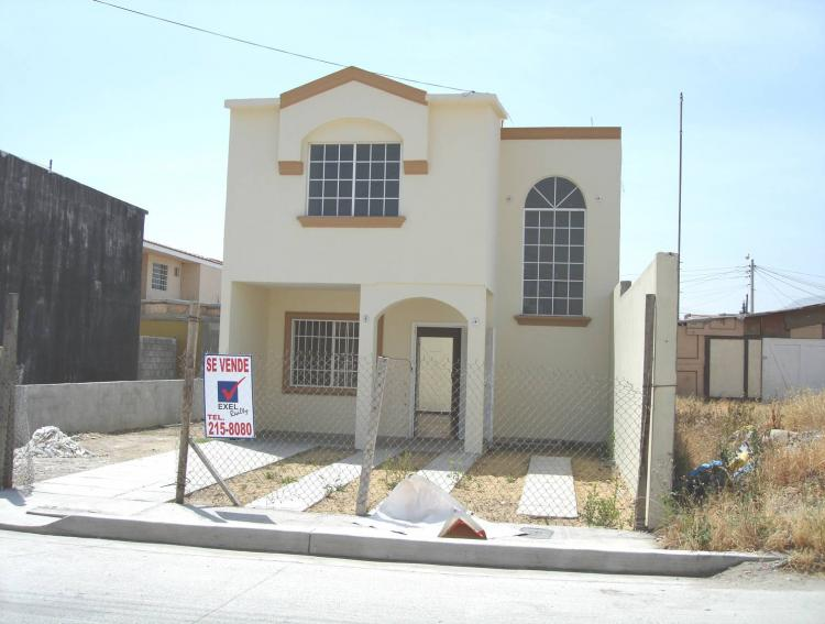 Venta casa en jardin dorado ofrezca cav4388 for Casa en jardin dorado tijuana