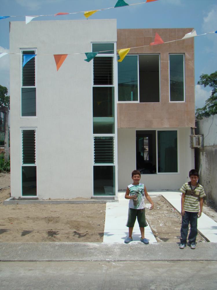 Excelente oportunidad casa nueva dise o minimalista con for Acabados fachadas minimalistas