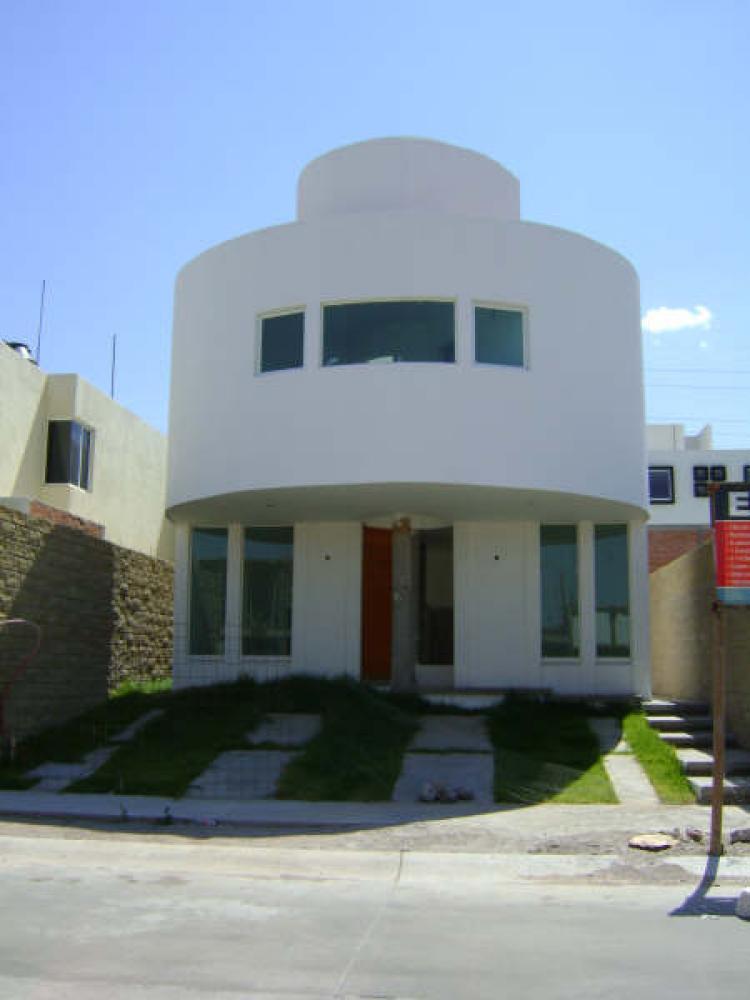 Casa nueva estilo minimalista en fracc villamagna cav6736 for Casa nueva minimalista