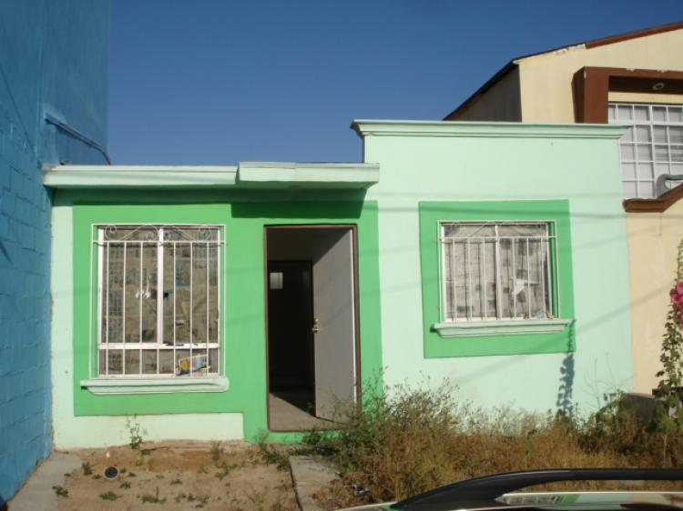 Casa en villa del real cav24574 for Renta de casas en tijuana