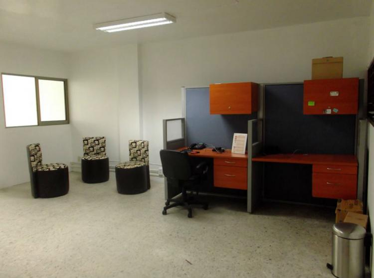 Fotos de estaciones de trabajo disponibles en chapultepec for Oficina empleo guadalajara