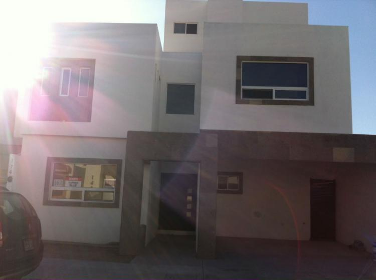 Estrena casa en renta al norte de la ciudad car121968 for Renta de casas en saltillo