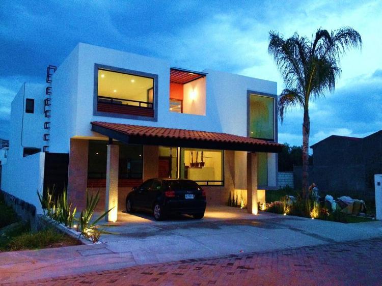 Estrene preciosa casa en residencial el prado 4 rec maras for Casas modernas juriquilla queretaro