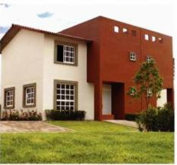Gran oportunida renta de casa en villas del campo a 15 for Villas del campo