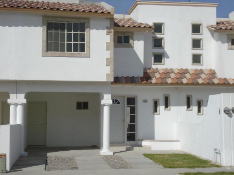 Casa en renta en torre n colonia palma real 3 recamaras for Casas en renta torreon jardin